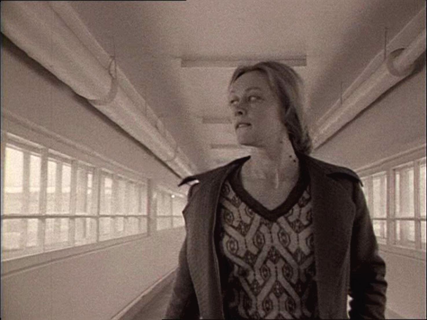 Lo specchio distribuzione lab 80 film - Lo specchio film ...